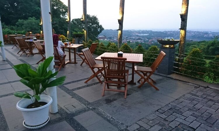 The Hills Dining Restaurant Semarang